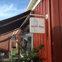 Photo taken at Sweet Rose Creamery by Amr on 12/21/2012