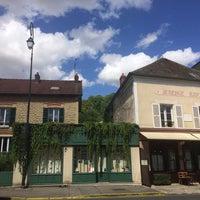 Photo taken at Maison de Van Gogh by Jas on 8/20/2016