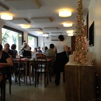 Photo taken at Papa Fina by Romulo P. on 12/12/2012