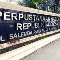 Photo taken at Perpustakaan Nasional RI by Naiilal H. on 5/2/2013