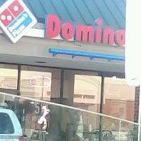 Photo taken at Domino's Pizza by Leiatonia N. on 9/14/2012