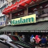 Photo taken at Restoran Haslam by Alif N. on 2/17/2013