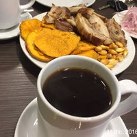 Photo taken at Chicharrones Don Lucho by Veronica A. on 12/11/2016