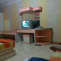 Photo taken at Hotel taman eden 2 by Adjick B. on 11/10/2012