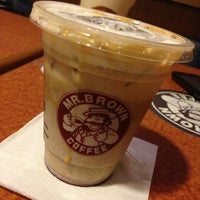 Photo taken at 伯朗咖啡館 Mr. Brown Coffee by Naomi on 7/22/2013