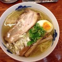 Photo taken at 麺屋 ひょっとこ by Tetsu M. on 7/3/2013