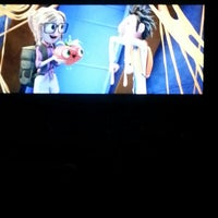 Photo taken at Overland Park Cinemas by Yuki on 12/14/2013