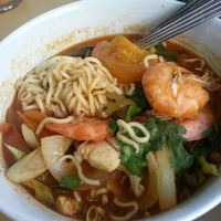 Photo taken at Restoran Nasi Kandar Haji Tapah by AnjeRokiah J. on 10/8/2012