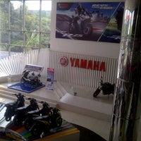 Photo taken at Yamaha Flagship Shop by bagus w. on 10/29/2015