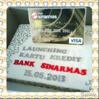 Photo taken at Bank Sinarmas by Sukma B. on 5/15/2013