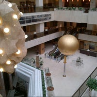 Photo taken at Athenaeum InterContinental by Ozlem O. on 1/24/2013