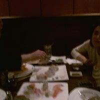 Photo taken at Umi Sushi Japanese Restaurant by Ernesto on 3/22/2013