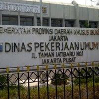 Photo taken at Dinas Pekerjaan Umum DKI Jakarta by Marcus on 9/15/2012