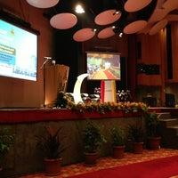 Photo taken at Dewan Jubli Perak Sultan Abdul Aziz Shah by EjanRais on 1/15/2013