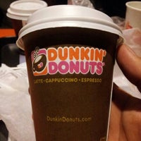 Photo taken at Dunkin' Donuts by Leonel S. on 12/19/2012
