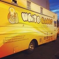 Photo taken at White Rabbit Fusion Cafe/Boba Truck Cafe by Dil-Dominé Jacobe L. on 8/3/2013