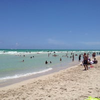 Photo taken at 9th Street Beach by Marco R. on 7/6/2013
