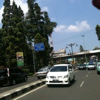 Photo taken at Simpang Dago Cikapayang by Mutia on 8/9/2013