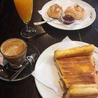 Photo taken at Cafetaria Green Tea by Margarida C. on 6/6/2014