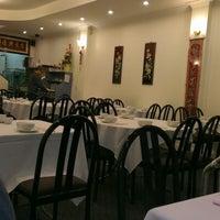Photo taken at Kensington Peking by Thiago D. on 9/24/2012
