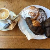Photo taken at La Boulangerie by Sònia on 5/1/2016