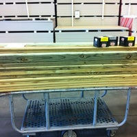 Photo taken at Lowe's Home Improvement by Benjamin L. on 11/25/2012