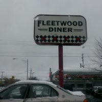 Photo taken at Fleetwood Diner by Jesus E. on 12/21/2012