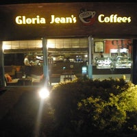 Photo taken at Gloria Jeans Coffee by Danish K. on 3/20/2013