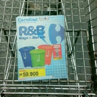 Photo taken at Carrefour by Afi B. on 3/28/2013