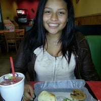 Photo taken at Tropical Smoothie Café by Bert C. on 10/22/2012