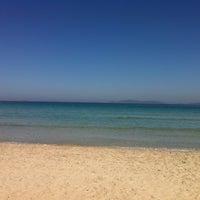 Photo taken at Ilıca Plajı by Gökhan B. on 9/27/2012