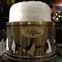 Photo taken at Pinguim by Vini N. on 6/29/2013
