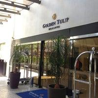 Photo taken at Golden Tulip Belas Artes by ALLI T. on 5/25/2013