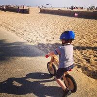 Photo taken at Huntington Beach Bike Trail & Boardwalk by Rob H. on 3/23/2013