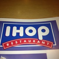 Photo taken at IHOP by Cisco D. on 10/14/2012