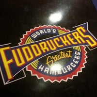 Photo taken at Fuddruckers by Mohd A. on 10/18/2012