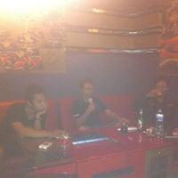 Photo taken at SukaSuka Karaoke Keluarga Dangdut by Phet O. on 6/6/2013