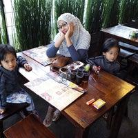 Photo taken at Wajan Oriental Cuisine by dhani r. on 1/4/2014