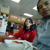 Photo taken at Little Caesars Pizza by Linares E. on 1/30/2016