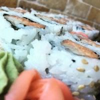Photo taken at Osaka Sushi Express & Fresh Fruit Smoothies by Robert S. on 8/3/2016