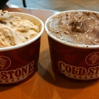Photo taken at Cold Stone Creamery by Anna E. on 12/29/2013