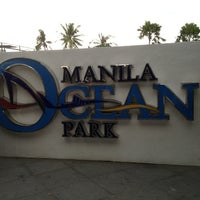 Photo taken at Manila Ocean Park by Fanny 吳. on 12/28/2012