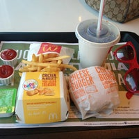 Photo taken at McDonald's by Iris Mikaela K. on 3/13/2013