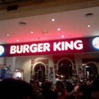 Photo taken at Burger King by Alejandro d. on 1/28/2013