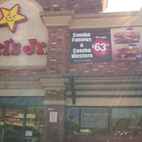 Photo taken at Carl's Jr. by Gonzalo A. on 12/17/2012