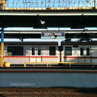Photo taken at Stasiun Depok Baru by Abu Wildan A. on 6/23/2013