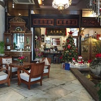 Photo taken at Heeren Boutique Hotel by Lorena R. on 12/22/2015