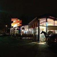 Photo taken at Lynn's Paradise Cafe by Joel I. on 1/6/2013