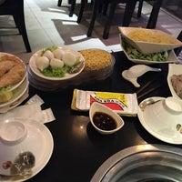 Photo taken at Nhà hàng lẩu Soa Soa by 🍃🌺🍃 MY KHANH 🍃🌺🍃 on 8/21/2016