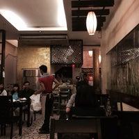Photo taken at Nhà hàng lẩu Soa Soa by 🍃🌺🍃 MY KHANH 🍃🌺🍃 on 1/5/2014